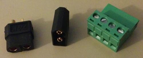 Links: XT60, Rechts: Schraubverbinder